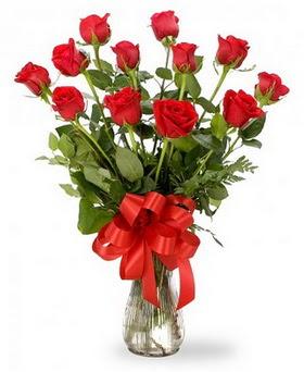 Karşıyaka çiçek satışı  12 adet kırmızı güllerden vazo tanzimi