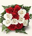 Karşıyaka çiçek satışı  10 adet kirmizi beyaz güller - anneler günü için ideal seçimdir -