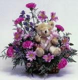Karşıyaka hediye sevgilime hediye çiçek  oyuncak ve mevsim çiçekleri