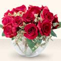 Karşıyaka hediye sevgilime hediye çiçek  mika yada cam içerisinde 10 gül - sevenler için ideal seçim -