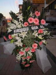 kazablanka,gerbera,sebboy ferforje  Karşıyaka hediye çiçek yolla