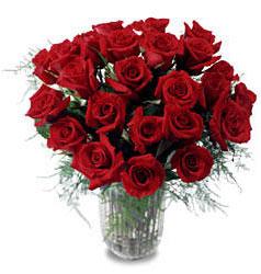 Karşıyaka İnternetten çiçek siparişi  11 adet kirmizi gül cam yada mika vazo içerisinde