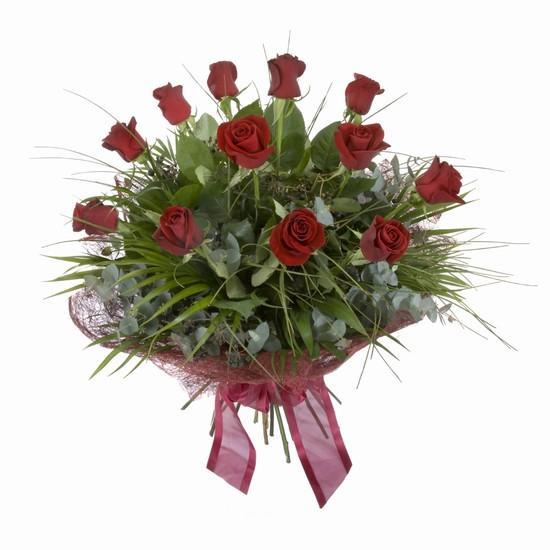 Etkileyici buket 11 adet kirmizi gül buketi  Karşıyaka çiçek siparişi sitesi