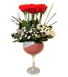 Karşıyaka internetten çiçek satışı  cam kadeh içinde 7 adet kirmizi gül çiçek