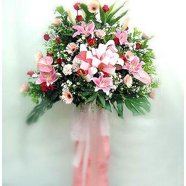 Karşıyaka hediye çiçek yolla   perförje çiçegi dügün çiçekleri