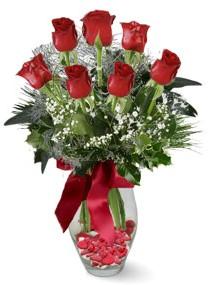 7 adet vazoda gül  Karşıyaka çiçek siparişi sitesi  kirmizi gül
