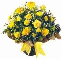 Karşıyaka çiçek satışı  Sari gül karanfil ve kir çiçekleri