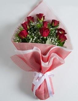 9 adet kırmızı gülden buket  Karşıyaka çiçekçi telefonları
