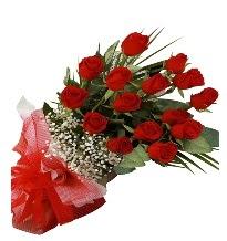 15 kırmızı gül buketi sevgiliye özel  Karşıyaka İnternetten çiçek siparişi