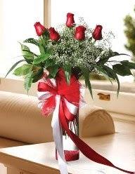 Camda 5 kırmızı gül tanzimi  Karşıyaka çiçek gönderme