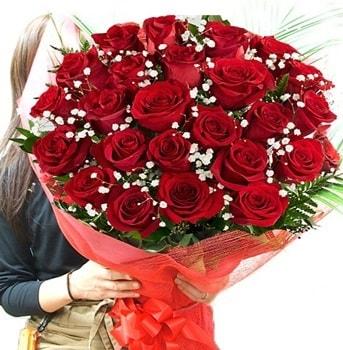 Kız isteme çiçeği buketi 33 adet kırmızı gül  Karşıyaka İnternetten çiçek siparişi