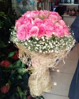 33 adet pembe gül nişan kız isteme buketi  Karşıyaka İnternetten çiçek siparişi