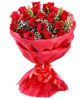 21 adet kırmızı gülden modern buket  Karşıyaka çiçek yolla