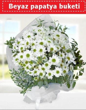 Beyaz Papatya Buketi  Karşıyaka uluslararası çiçek gönderme